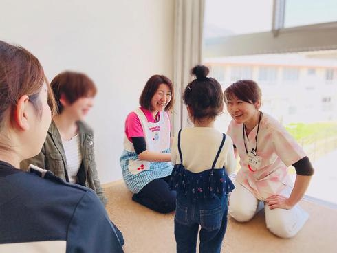 広島県ひまわり歯科にて『歯っぴぃJOYプレセミナー』を開催しました。