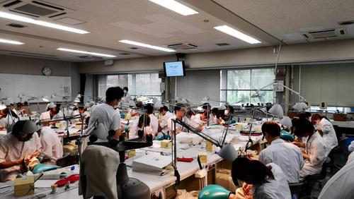 大阪大学歯学部学生実習への参加
