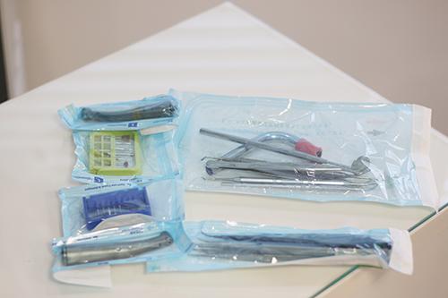 2.徹底した器具の滅菌