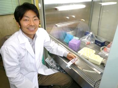 2007年 研究室での写真(大阪大学)