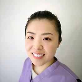 非常勤歯科医師 村上響子